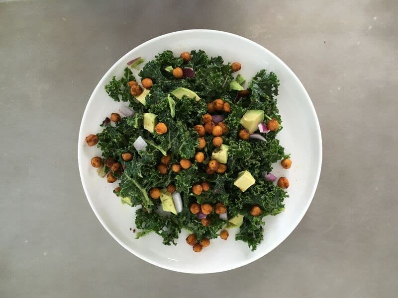 Kale Avocado Salad With Chickpea Croutons