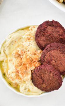 Beet pulp falafel